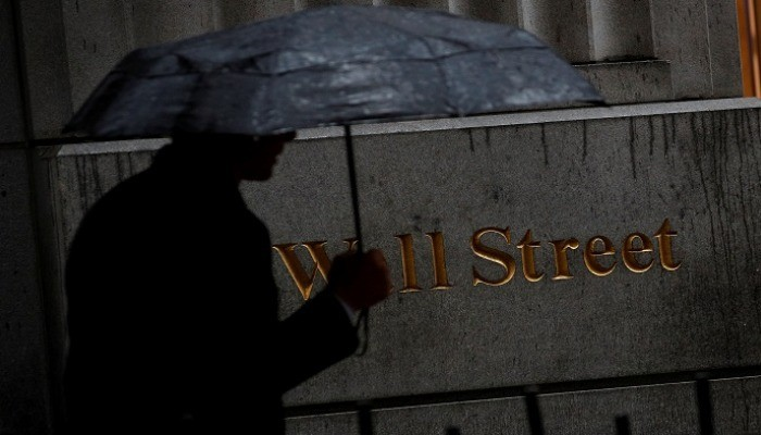 """لهذا السبب """"وول ستريت"""" خفضت توقعاتها بشأن أرباح الشركات الأمريكية"""
