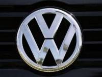 """""""فولكس فاجن"""" تقر ضخ 33 مليار يورو لتطوير السيارات الكهربائية"""