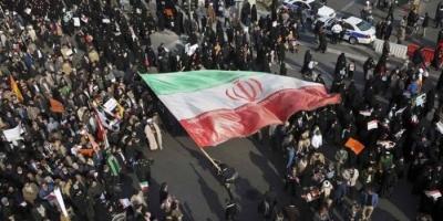 تجدد الاحتجاجات في العديد من المدن الإيرانية بسبب ارتفاع أسعار البنزين