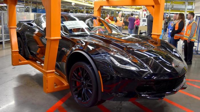 بسعر2.7 مليون دولار.. شيفروليه تكشف عن آخر سيارة من طراز كورفيت الرياضي