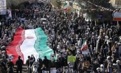 المحتجون الإيرانيون يسيطرون على مركز تابع للحرس الثوري