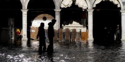 إيطاليا تفرض حالة التأهب القصوى في عدد من المدن بسبب الأمطار الغزيرة
