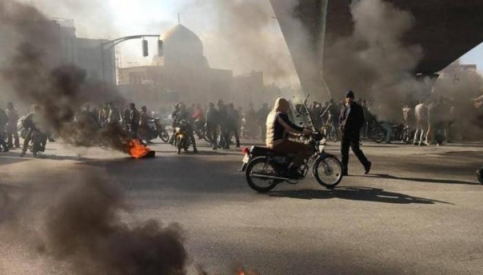 المعارضة الإيرانية: مقتل متظاهر وإصابة 3 آخرين بنار قوات الأمن