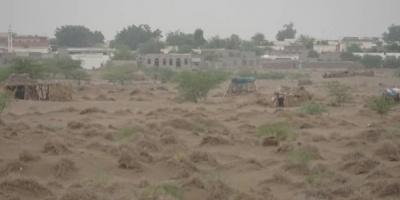 هجوم حوثي على الأطراف الجنوبية والأحياء السكنية بالتحيتا