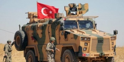 مدرعة تركية تدهس امرأة في احتجاجات بكوباني السورية