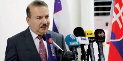 صحفي يكشف تفاصيل موقف مُحرج لوزير الداخلية العراقي