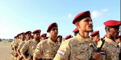 """خلال تخريج دفعة """"بن نصور"""".. قائد الحزام الأمني بلحج: مستمرون في الحرب ضد الإرهاب"""
