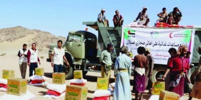 أغذية إماراتية في حضرموت.. مساعدات ترسم معاني الإنسانية