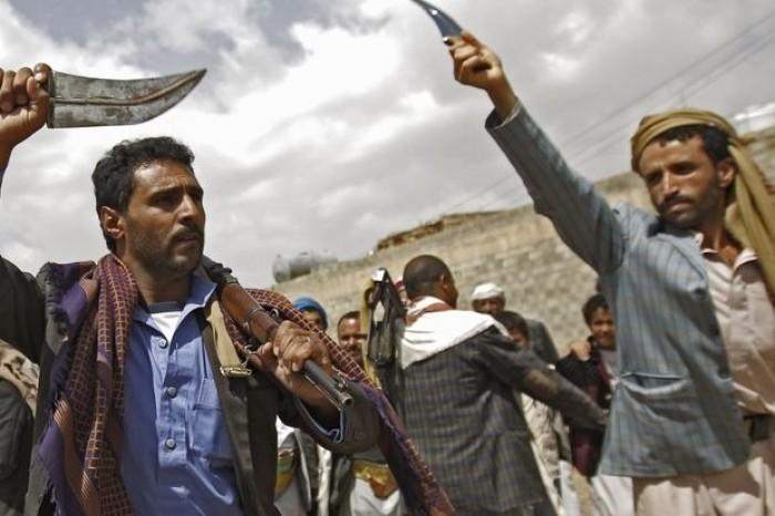 """الحوثي يقتل عناصره.. """"طائفية بغيضة"""" تدفع ثمنها المليشيات"""