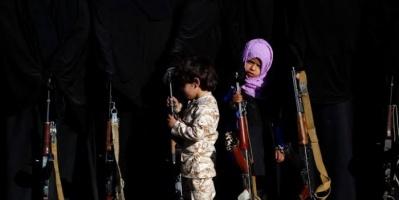 حيلة الإرهاب الفتاك.. مخطط حوثي لاستدراج الأطفال إلى الجبهات
