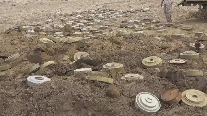 تِركة الحوثي الثقيلة.. مسام ينتزع ألغام المليشيات