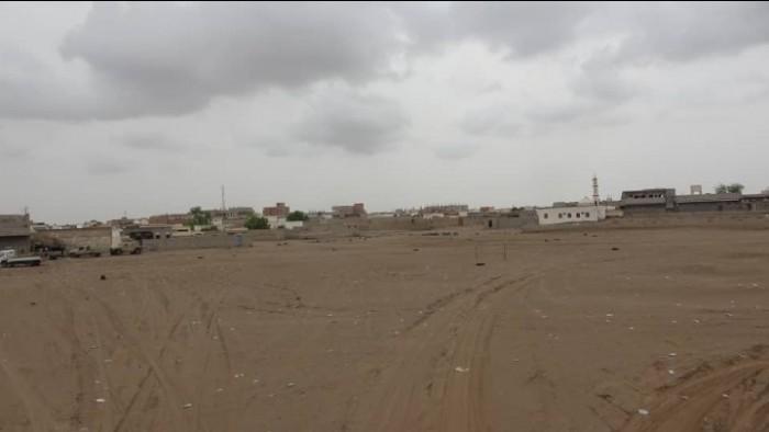قصف حوثي مكثف على مواقع القوات المشتركة في التحيتا بالحديدة