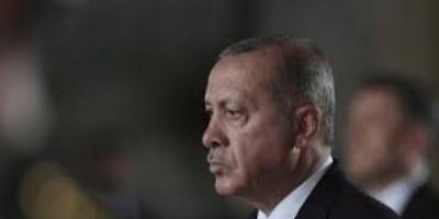 أردوغان يعزل 12 رئيس بلدية منتخبين