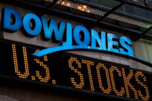 """داو جونز ينخفض إلى هذه النسبة.. و""""ناسداك"""" يرتفع 0.2%"""