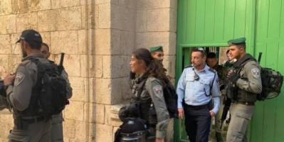 الاحتلال الإسرائيلي يغلق عدة مؤسسات في القدس لمدة 6 أشهر