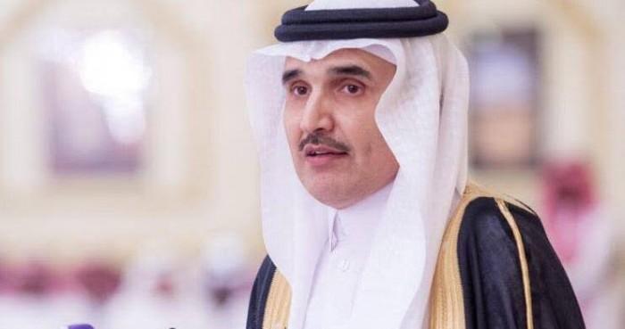 سياسي سعودي يكشف أهمية كسر الحوثيين عسكريًا