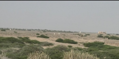 وسط صمت أممي..مليشيات الحوثي تقصف منازل المواطنين بمنطقة الجاح