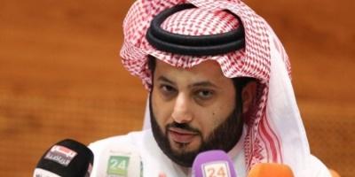 (بالفيديو).. تركي آل شيخ يستعرض أغلى سيارة في العالم