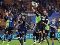 برشلونة يكثّف جهوده لضم نجم إنتر ميلان الإيطالي