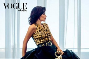 صبا مبارك تتألق على غلاف مجلة vogue arabia (صور)