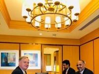السفارة الأمريكية باليمن تعلق على لقاء الزُبيدي بهنزل.. ماذا قالت؟
