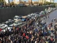 إيران تعتقل عشرات العناصر وتصفهم بالمحرضين على الشغب