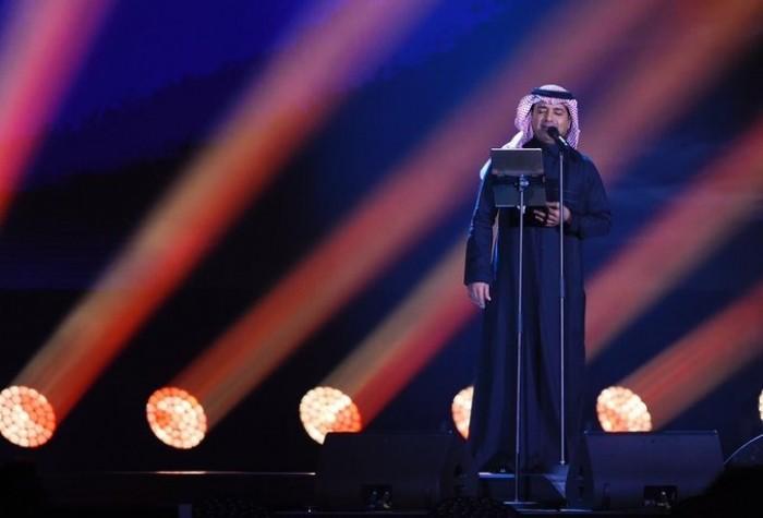 """راشد الماجد يشعل تويتر في موسم الرياض بـ """"ليلة السندباد"""""""