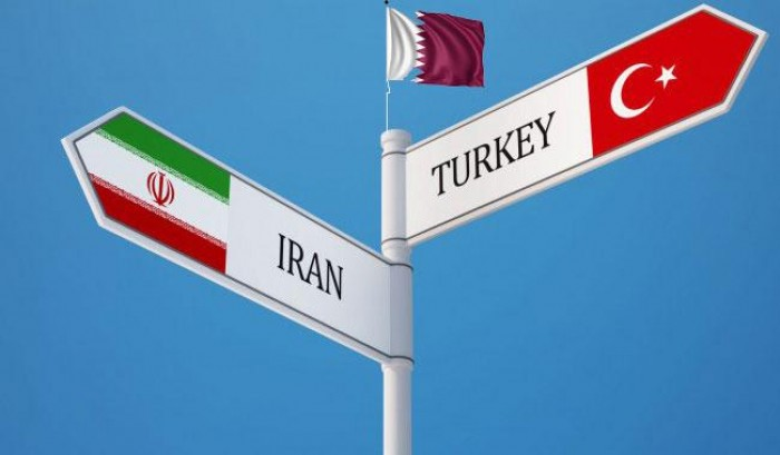 إعلامي سعودي: لا عهد لمن اتخذ إيران وتركيا حليف لهم!
