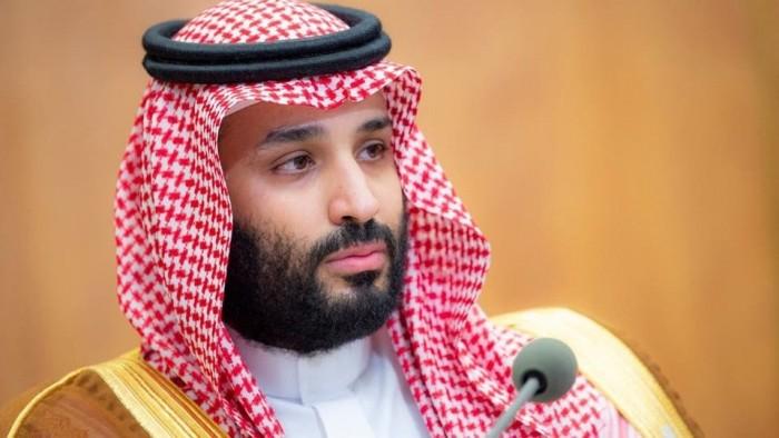 العمري: ولي العهد السعودي متجه بنا إلى القمة