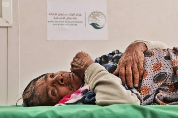 """في أسبوع.. عيادات """"سلمان للإغاثة"""" تستقبل 4500 من أهالي الخوخة"""