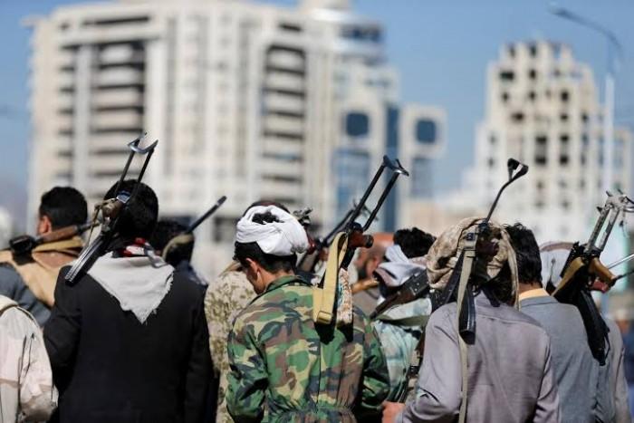 """""""اعتقالات الواتساب"""".. قبضة حوثية تعرقل احتجاجات صنعاء"""