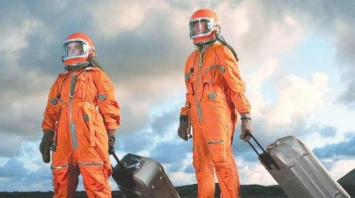 الإمارات تستعد لحجز مقعد لها في قطاع السياحة الفضائية