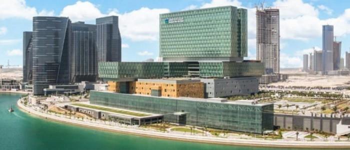 أبو ظبي تعقد شراكة مع مايو كلينك الأمريكية لتشغيل أكبر مستشفى بالإمارات