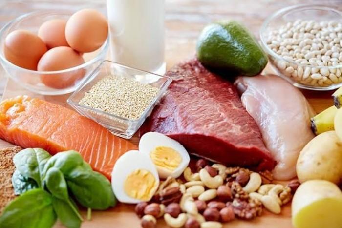 5 مؤشرات تنذرك بعدم تناولك قدرا كافيا من البروتين