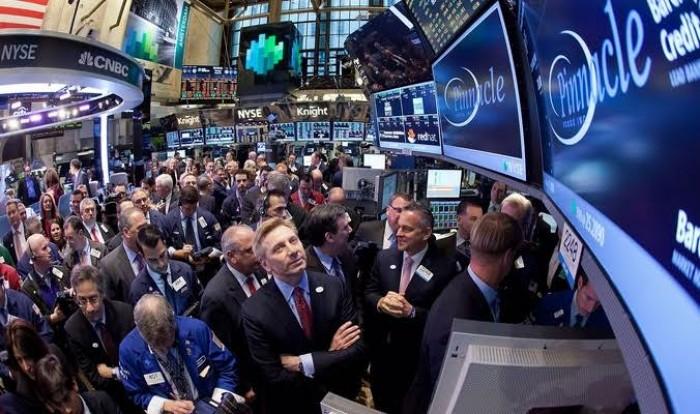 الأسهم الأمريكية تحقق مستويات إغلاق قياسية.. وداو جونز يصعد 0.7%