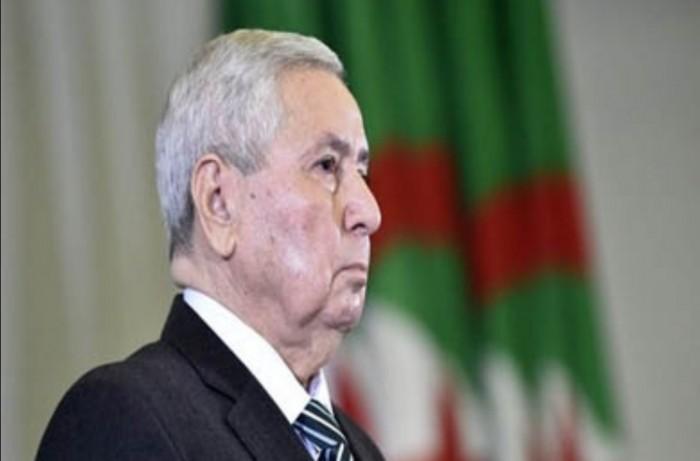 الرئيس الجزائري: نرفض التدخل الأجنبي في شئون البلاد