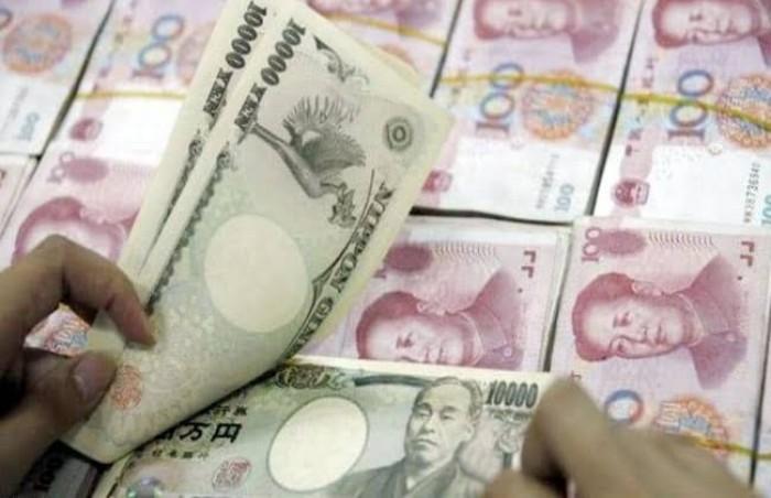 ارتفاع الين وانخفاض اليوان وسط عزوف عن المخاطرة بفعل احتجاجات هونج كونج