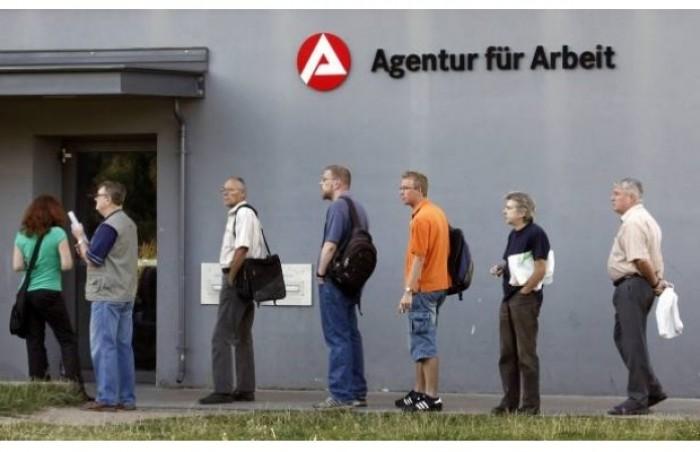 البطالة في ألمانيا تسجل أدنى مستوياتها منذ 3 عقود