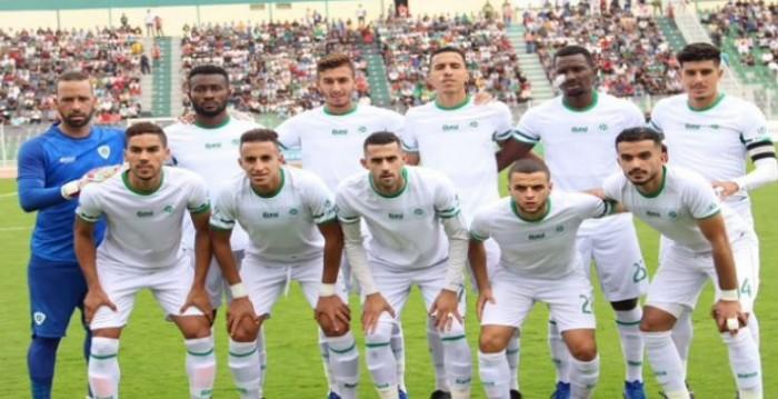 مولودية وجدة يتصدر الدوري المغربي بفوز ساحق على خريبها