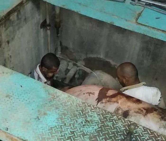استدعاء عمال إضافيين لإصلاح عطل محطة البرزخ (صور)