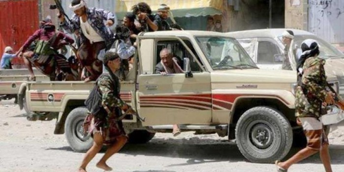 خلال اقتحامها لمطعم.. مليشيا الإخوان تصيب طفلا بعيار ناري في تعز