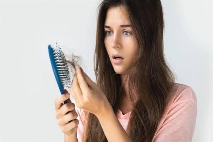 """""""فرويندين"""" الألمانية تنصح المرأة الحامل بعناصر  ضرورية لحماية الشعر من التساقط"""