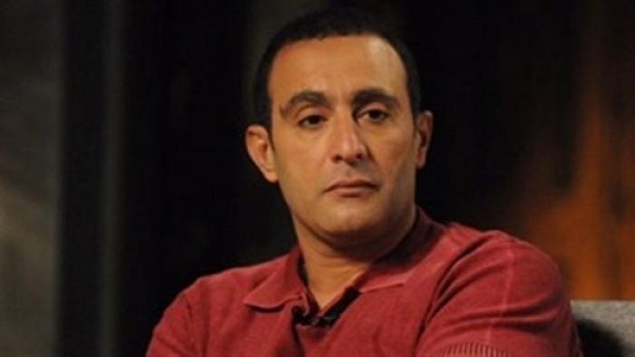 """أحمد السقا معلقًا على واقعة انتحار طالب برج القاهرة :""""احفظنا من الاكتئاب والحزن"""""""