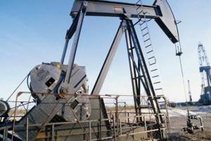 انخفاض مخزونات النفط في أمريكا بنحو 3.7 مليون برميل