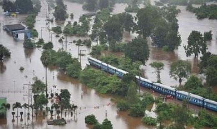 وفاة 132 شخصا جراء وقوع فيضانات وانهيارات أرضية في كينيا