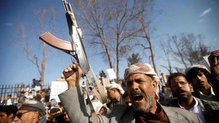وجه بشع للإرهاب الحوثي.. المليشيات تذل سكان ذمار