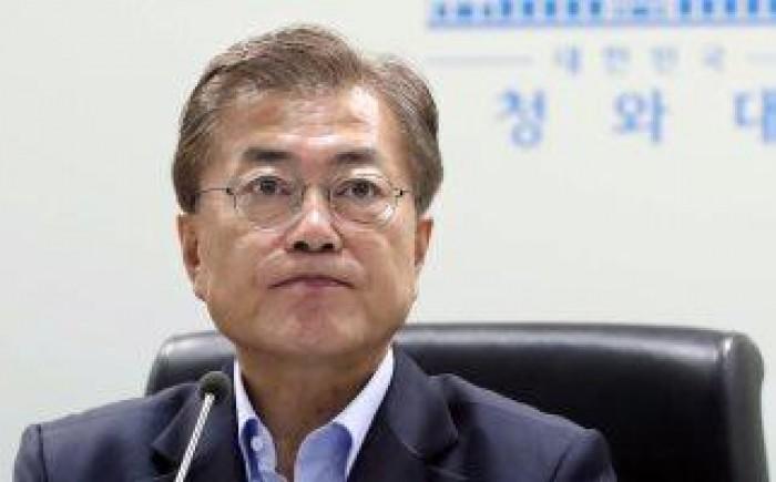 وزير خارجية الصين يصدر تصريحات تحمل نبرة تصالحية مع سول
