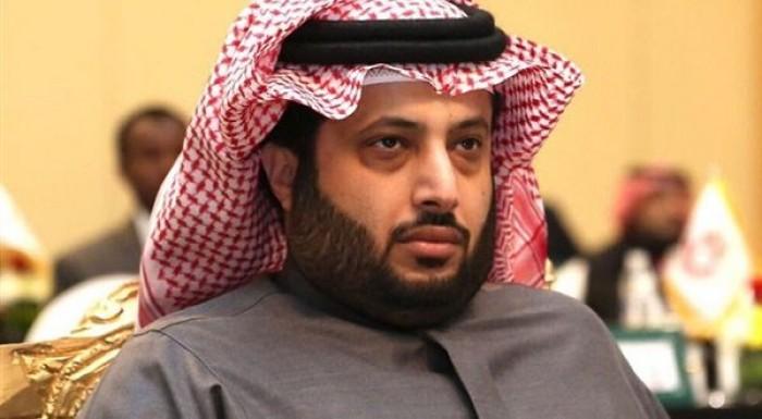 تركي آل الشيخ يروج لحفل عمرو دياب المقبل بموسم الرياض
