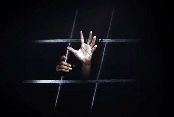 معتقلون في سجون الحوثي.. غائبون يصارعون الموت البطيء