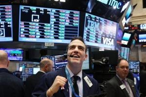 الأسهم الأمريكية ترتفع.. وداو جونز يصعد 1.2%